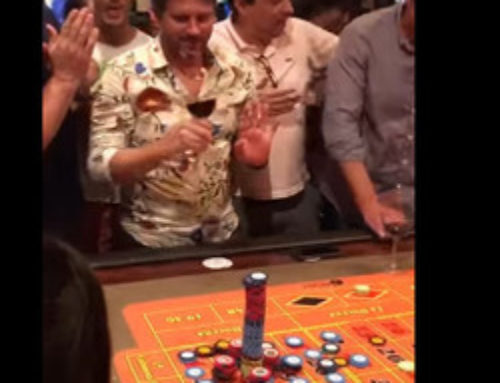 Un joueur de roulette parie 100000 $ et gagne !