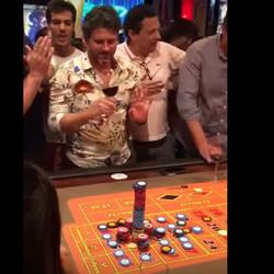 Un joueur de roulette parie 100000 $ et gagne au Conrad Casino