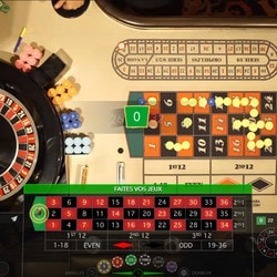 Tables avec croupiers en direct Evolution Gaming sur Cresus Casino