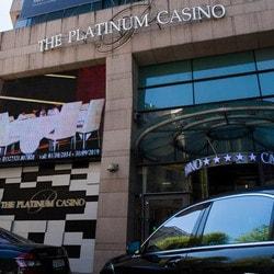 Entrée du Platinum Casino de Bucarest