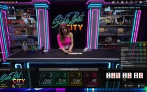 Table de poker en live Evolution Gaming Side Bet City