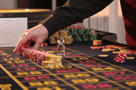 Formation de croupier afin d'être opérationnel dans un casino